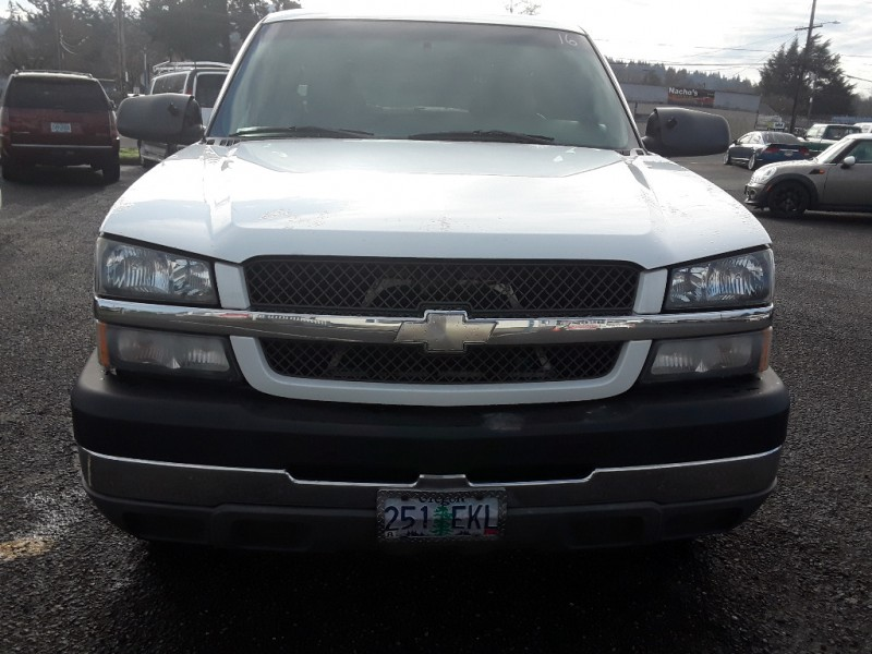 Chevrolet Silverado 2500HD 2003 price $8,495