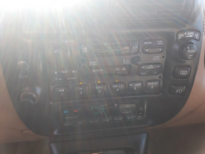 Ford Explorer 1996 price $2,995