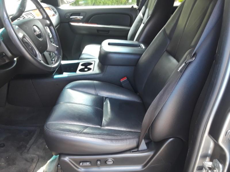 GMC Yukon 2009 price $8,995