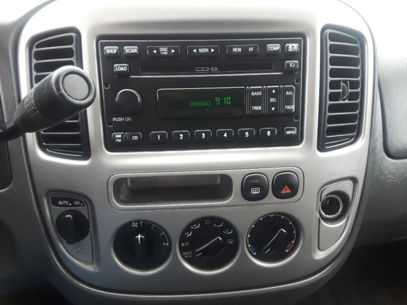 Ford Escape 2004 price $4,295