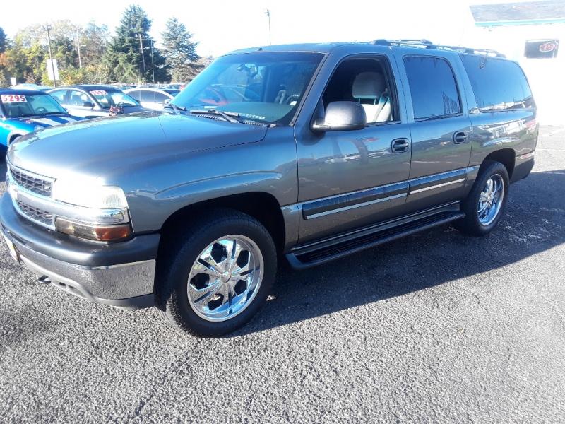 Chevrolet Suburban 2001 price $3,995