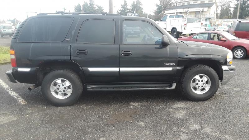 GMC Yukon 2001 price $3,495