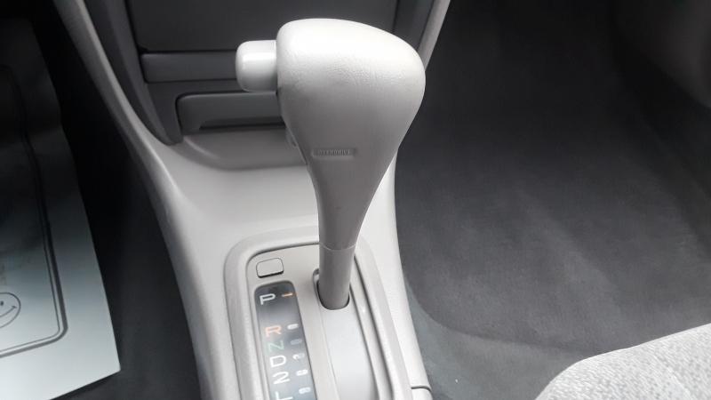 Toyota Corolla 2000 price $2,995