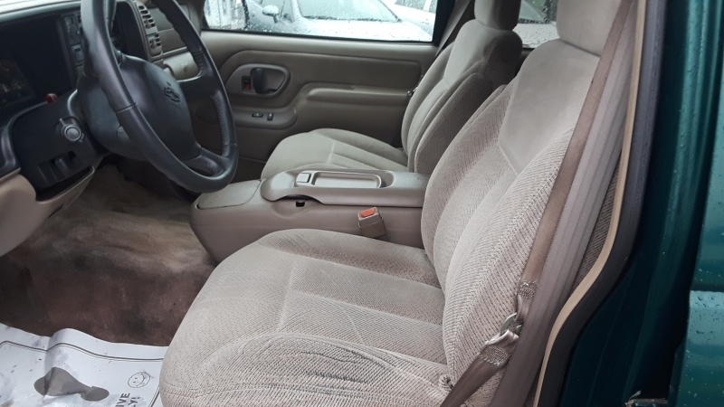 Chevrolet Tahoe 1998 price $2,295