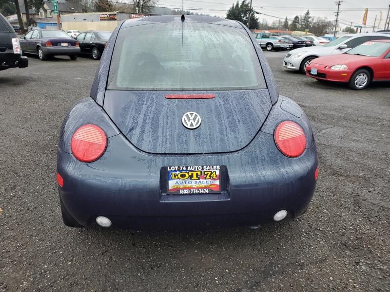 Volkswagen New Beetle 2001 price $2,495