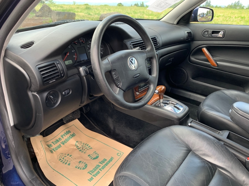 Volkswagen Passat/New Passat 2001 price $3,995