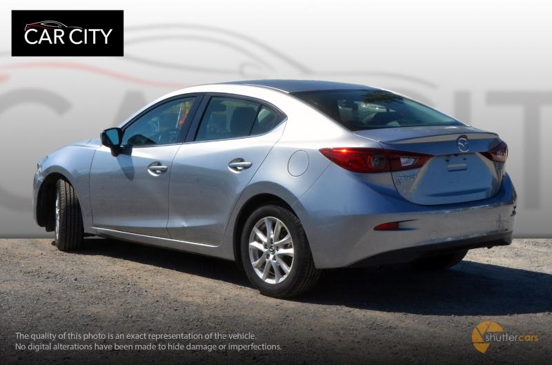 Mazda 3 2014 price $9,999