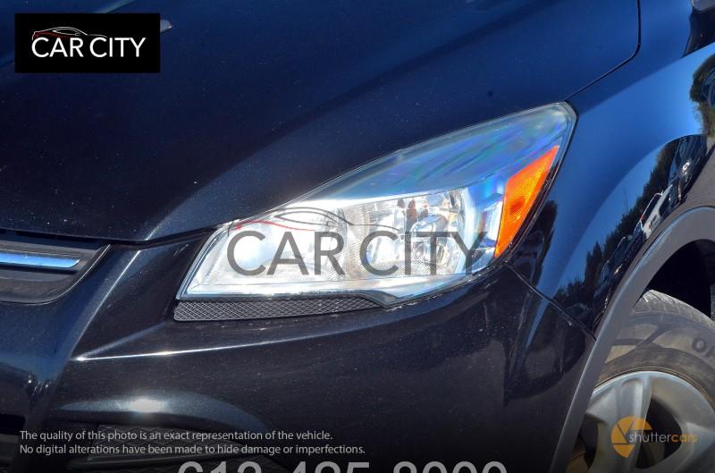 Ford Escape 2013 price $12,899