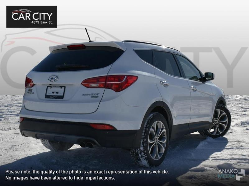 Hyundai Santa Fe Sport 2015 price $15,888