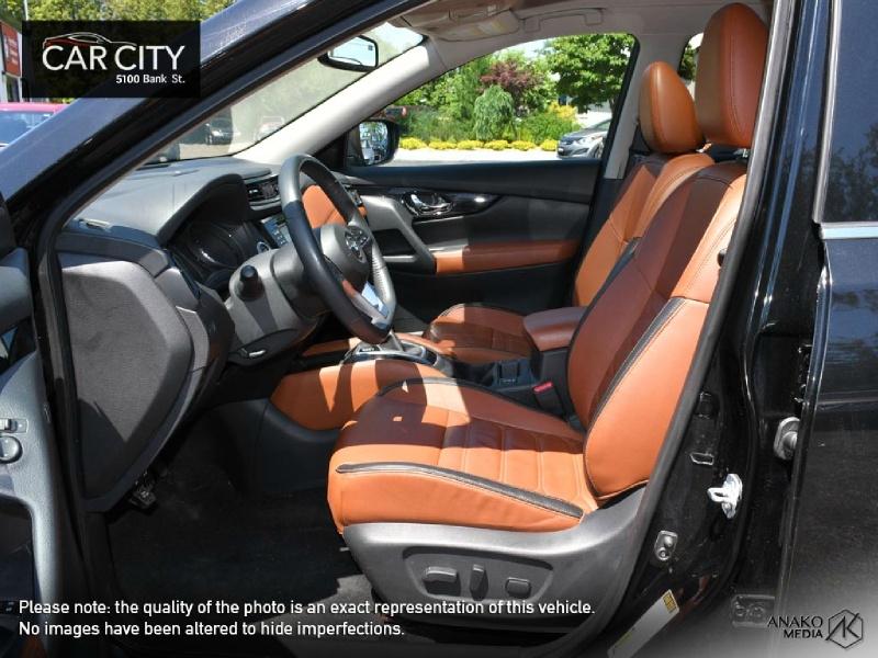 Nissan Rogue 2017 price $22,999