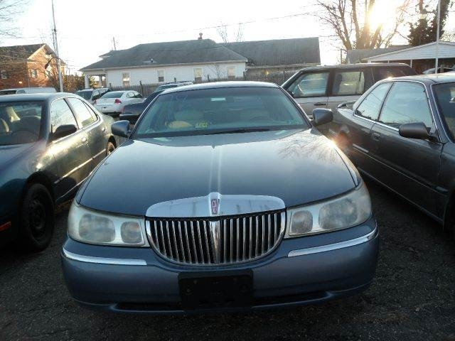 2001 Lincoln Town Car Executive Inventory Homeland Motors Inc