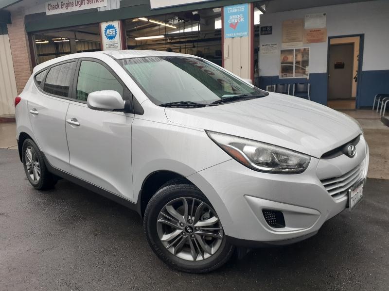 Hyundai Tucson 2015 price $10,995