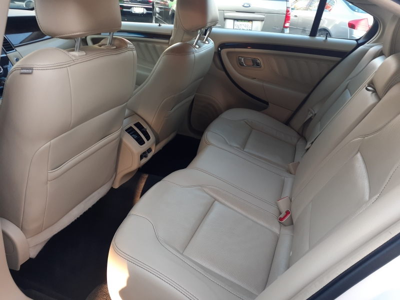 Ford Taurus 2013 price $8,998
