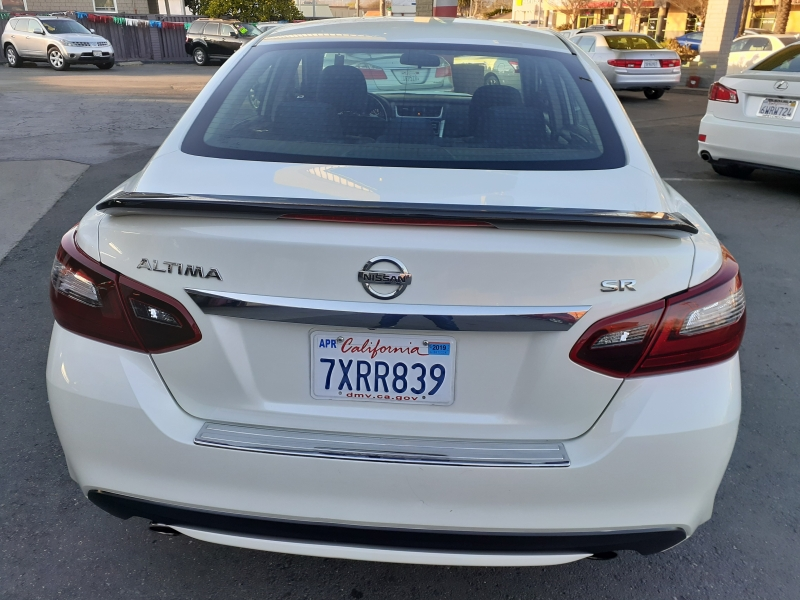 Nissan Altima 2017 price $13,888
