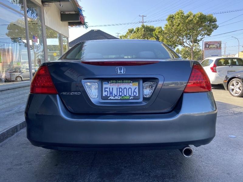 Honda Accord Sdn 2006 price $7,299