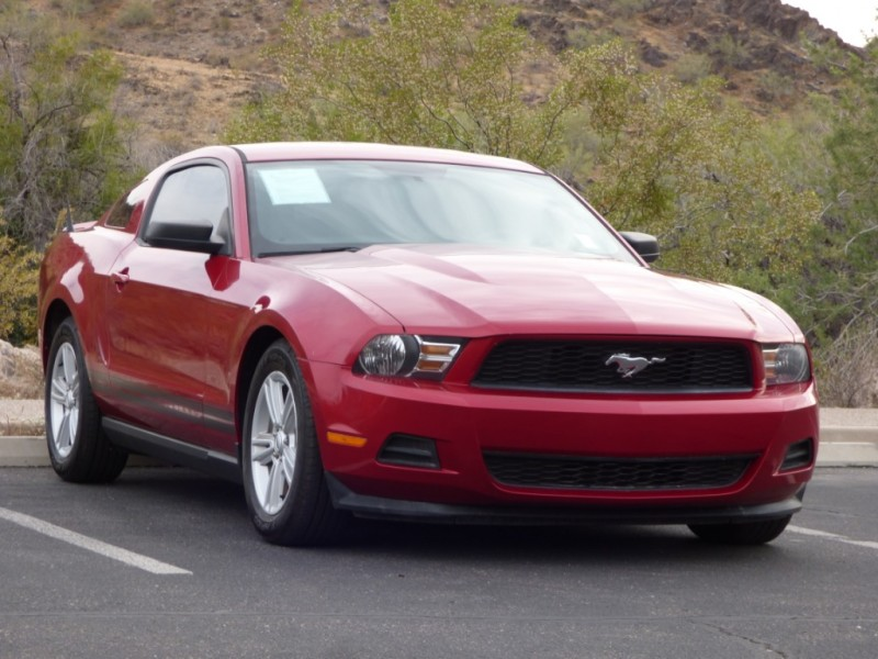 Ford Mustang 2012 price $13,984