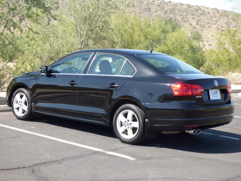 Volkswagen Jetta Sedan 2012 price $8,995