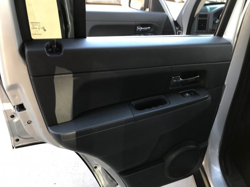 Jeep Liberty 2011 price $4,995