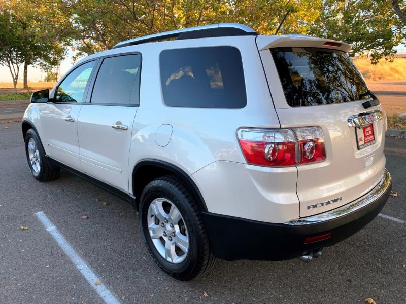 GMC Acadia 2009 price $9,100
