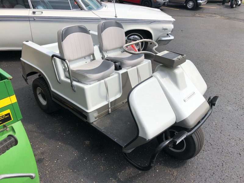 1974 HARLEY DAVIDSON GOLF CART