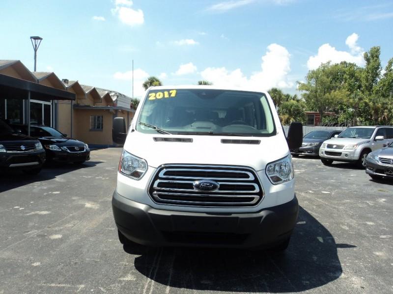 Ford Transit Wagon 2017 price $26,995