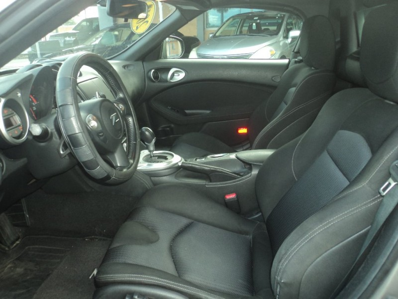 Nissan 370Z 2010 price $13,995