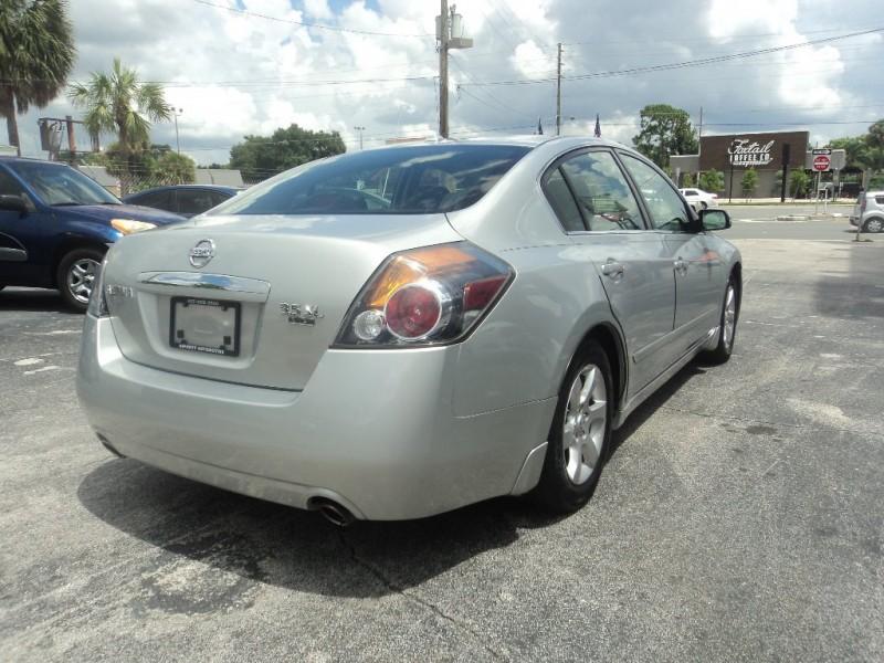 Nissan Altima 2008 price $4,500
