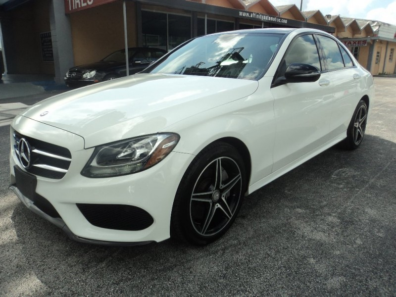 Mercedes-Benz C-Class 2016 price $26,500