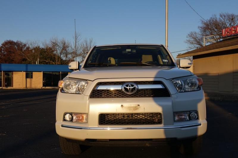 Toyota 4RUNNER 2013 price $26,995