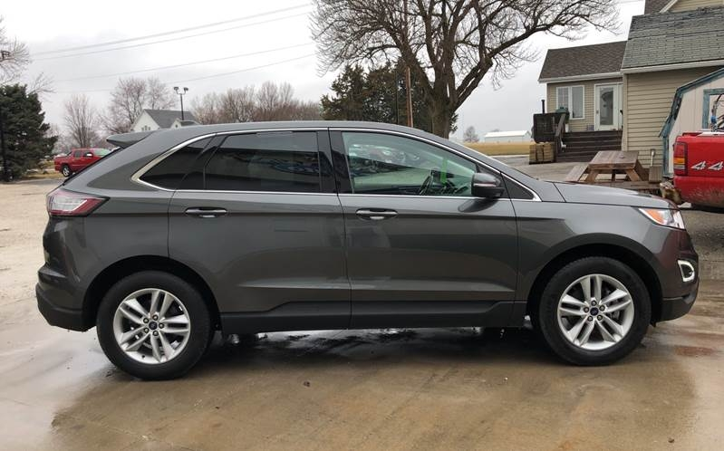 Ford Edge 2017 price $17,800