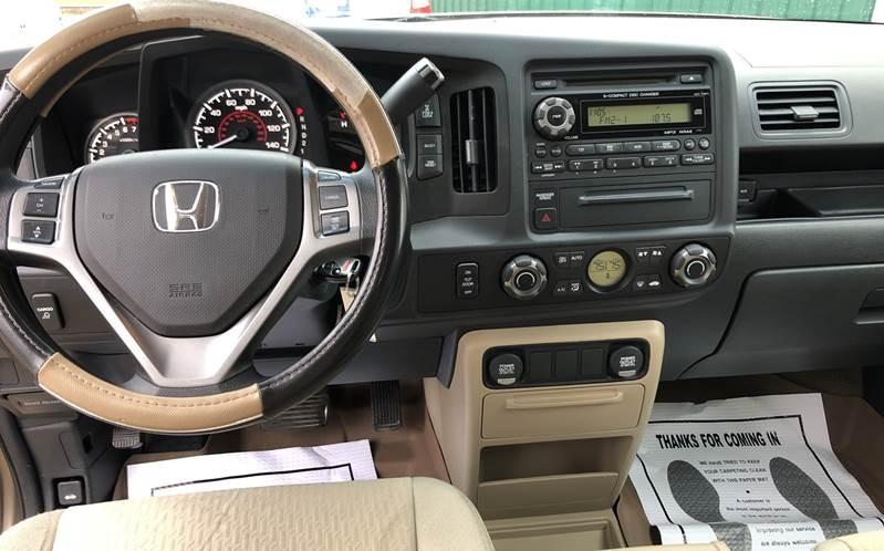 Honda Ridgeline 2011 price $12,200
