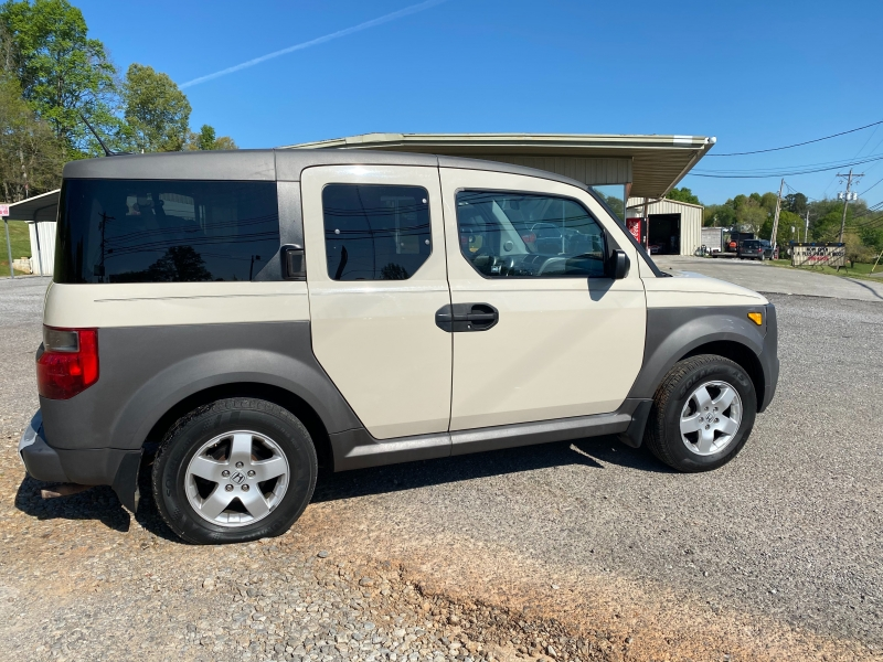 Honda Element 2005 price $5,995