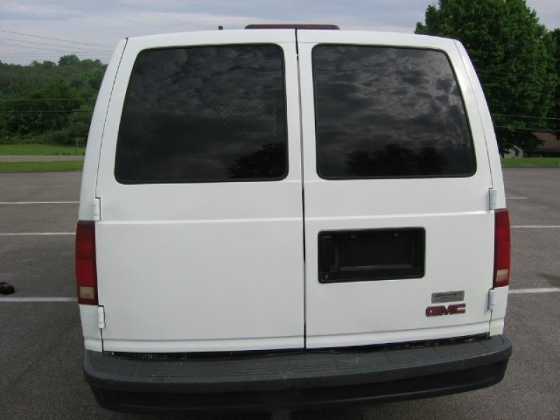 2001 GMC Safari Cargo Van ( LOW MILES A RARE FIND) chevrolet astro ...