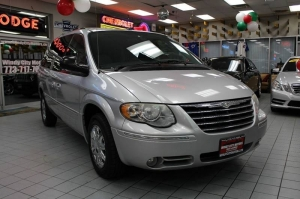 Chrysler Town and Country 2006