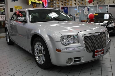 2005 Chrysler 300 C 4dr Sedan