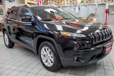 2015 Jeep Cherokee Latitude 4x4 4dr SUV
