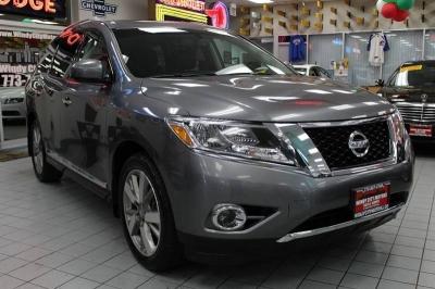 2016 Nissan Pathfinder Platinum 4x4 4dr SUV