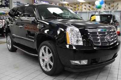 2012 Cadillac Escalade Luxury AWD 4dr SUV