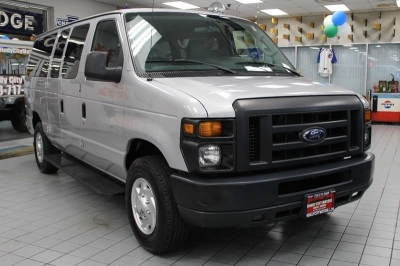 2013 Ford E-Series Wagon E 350 SD XL 3dr Passenger Van