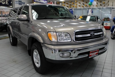 2000 Toyota Tundra Limited 4dr 4WD Extended Cab SB