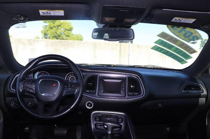 Dodge CHALLENGER 2015 price $16,488 Cash