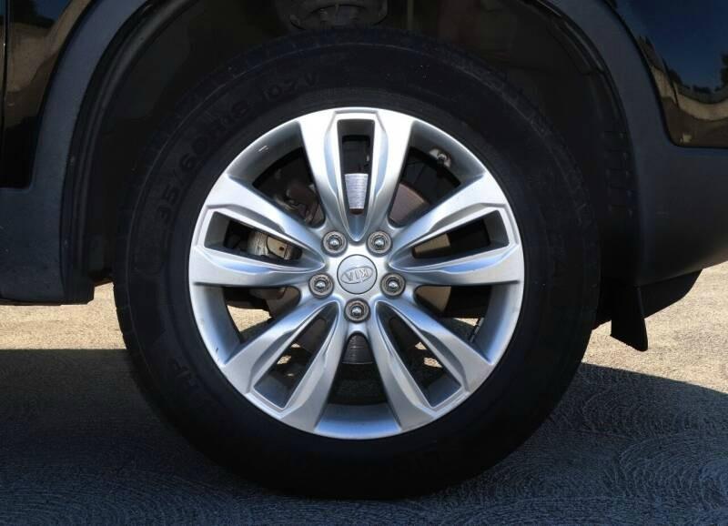 Kia SORENTO 2011 price $9,988 Cash
