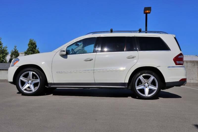 Mercedes-Benz GL-CLASS 2011 price $15,988 Cash