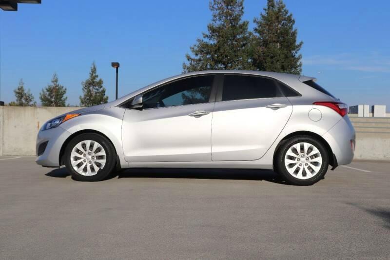 Hyundai ELANTRA GT 2016 price $10,488 Cash