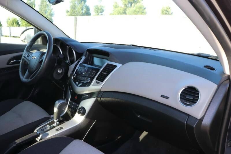 Chevrolet CRUZE 2015 price $9,499 Cash
