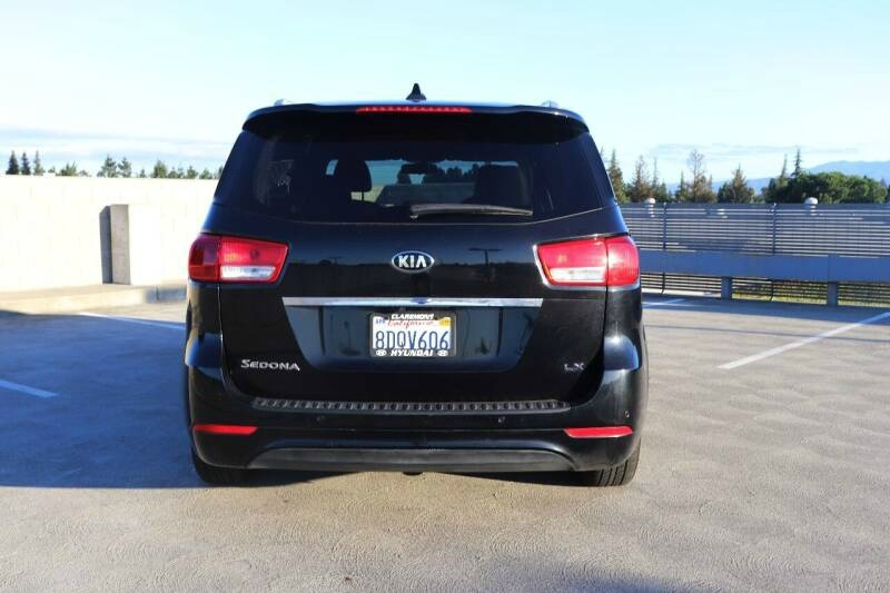 Kia SEDONA 2017 price $16,652 Cash