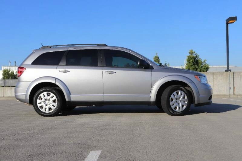 Dodge JOURNEY 2015 price $12,300 Cash