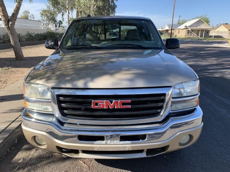 GMC NEW SIERRA 2005 price $8,399