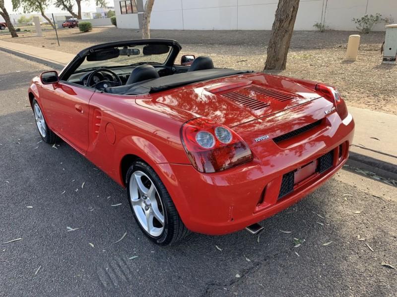 TOYOTA MR2 2003 price $8,899