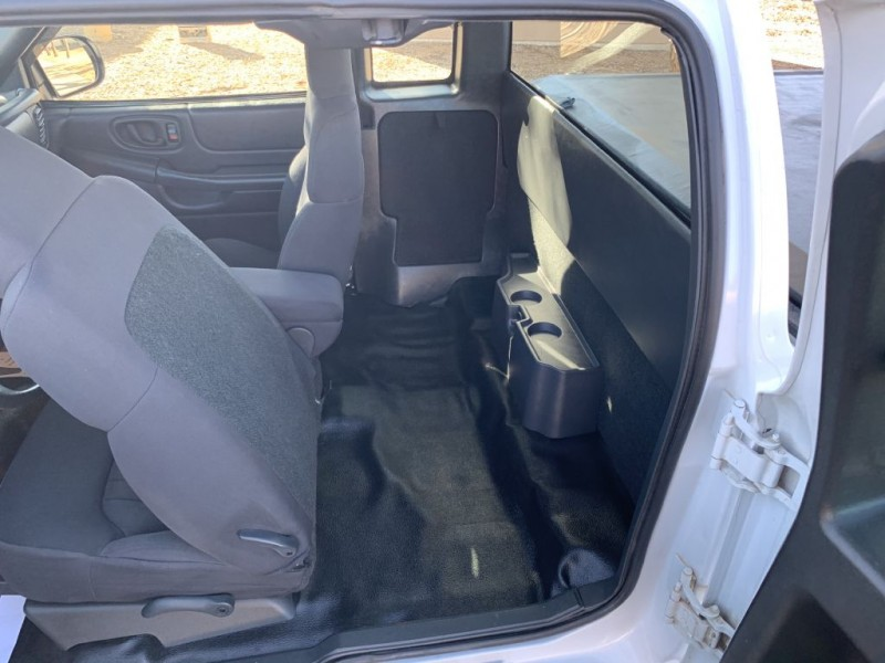 CHEVROLET S10 TRUCK 2003 price $4,649